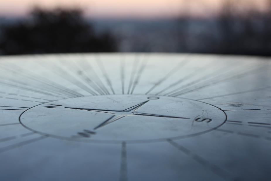 Afbeelding van een kompas. Flickr.com, CC-licentie, Martin Fisch