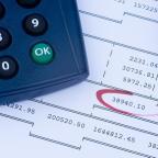 afbeelding rekenmachine en balans